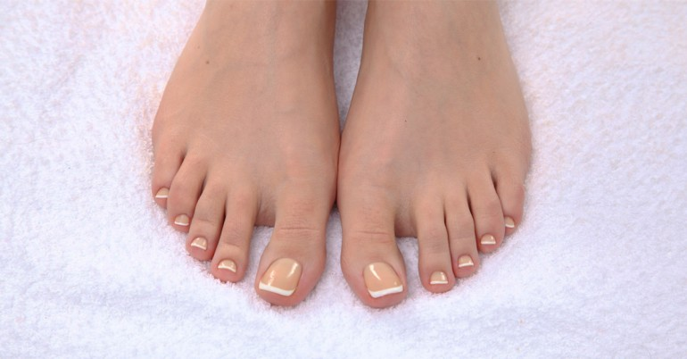 Natural Remedies Used To Get Rid Of Yellow Toenails Naturally