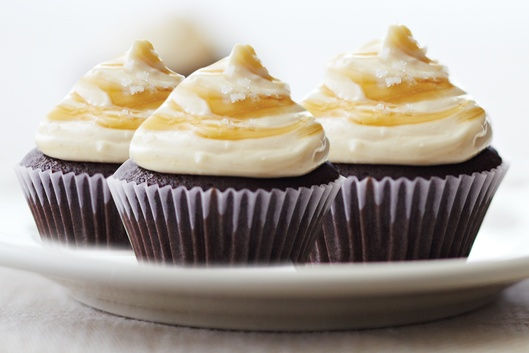 hero-recipe-salted-caramel-devils-food-mini-cupcakes