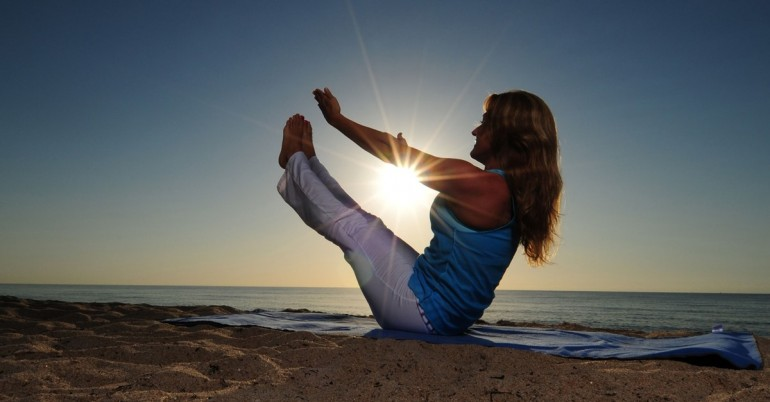 5-Yoga-Poses-To-Reduce-Stubborn-Belly-Fat_FT-770x402