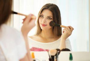 Applying-makeup-300x202