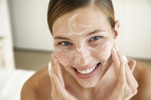 cleansing-the-face