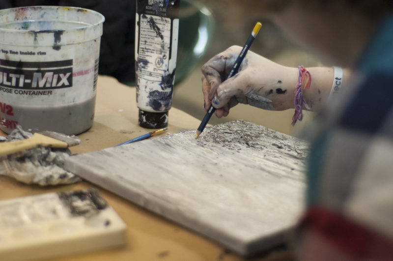 Art therapy as a weapon against Alzheimer's