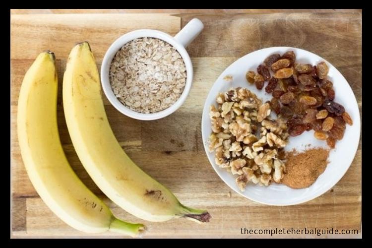 Banana and Oatmeal Scrub